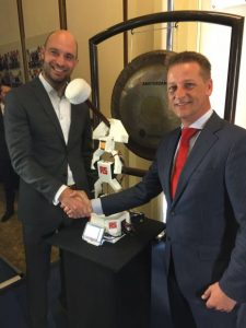 3D printed robot opens trading on Amsterdam Stock Exchange2