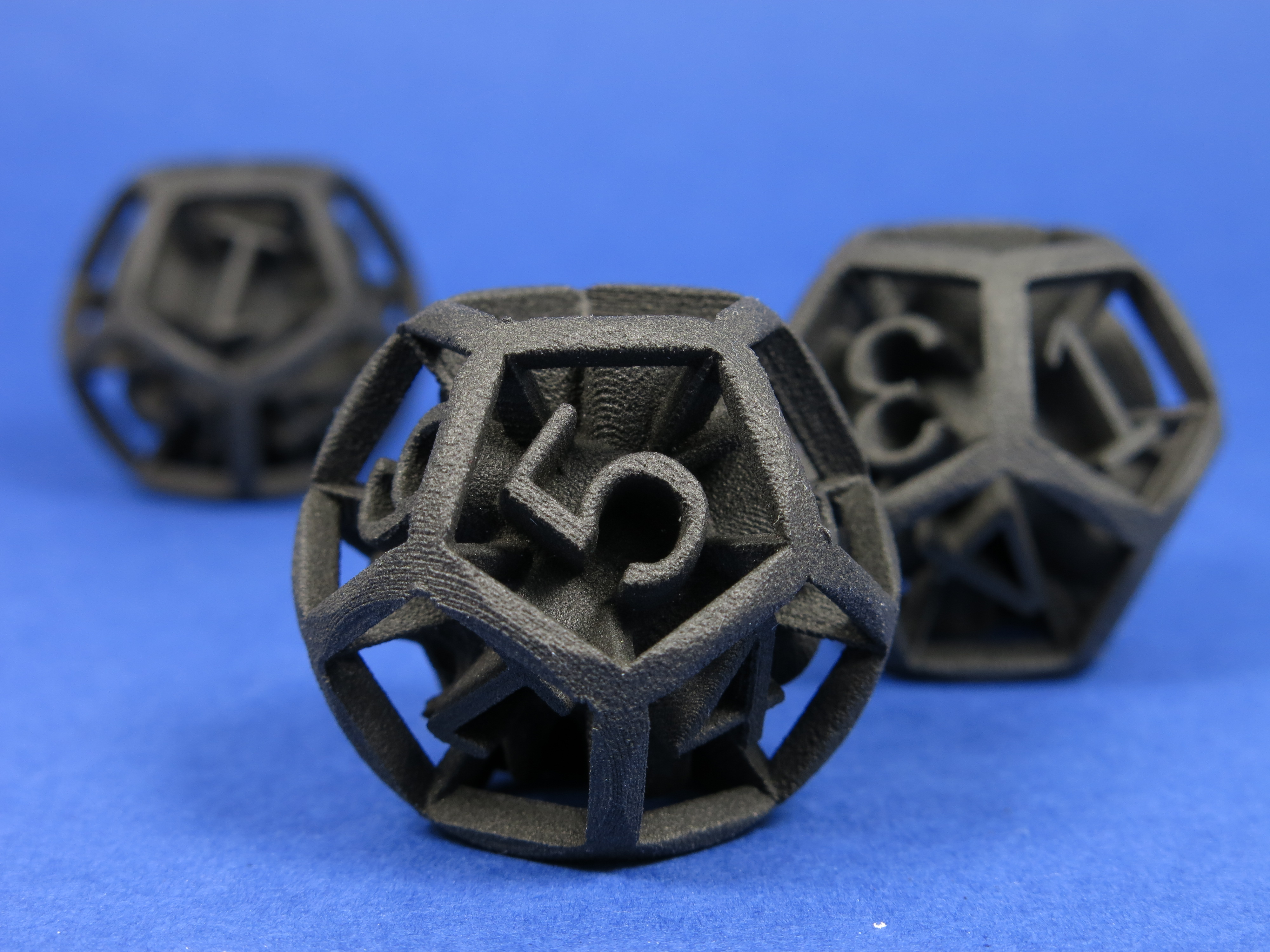 sculpteo_solid_black_plastic1