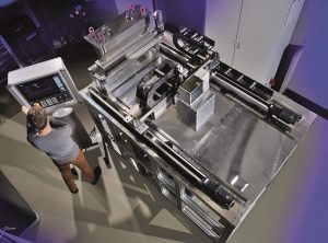 With a laboratory system, Fraunhofer ILT is further developing SLM into a 3D printing technology for large metal components. (machine housing not shown) © Fraunhofer ILT, Aachen, Germany.