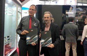 Andrei Boyarintsev, Managing Director AB Universal (right) with XJet CEO Hanan Gothait (left)