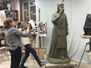 Image 2. Rotating the statue